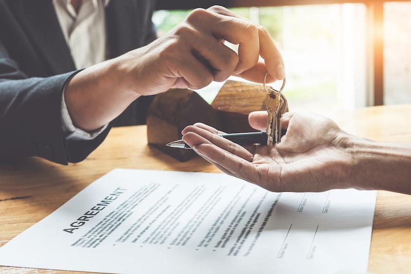 buyer-house-keys